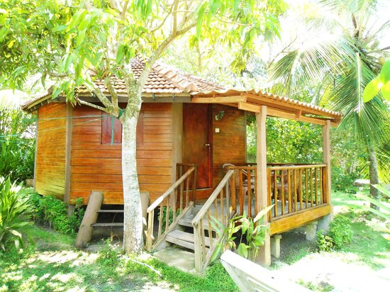 Calm Rest Guest House Mirissa: Family Cabana