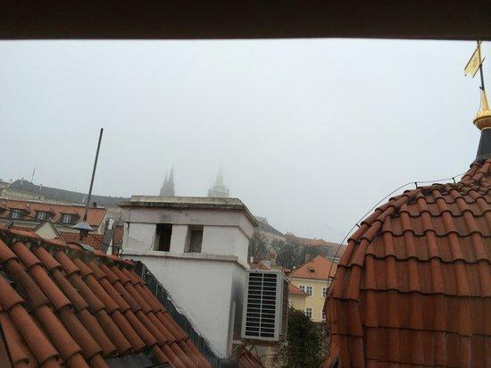 Alchymist Grand Hotel & Spa: Вид из окна на 2ом этаже