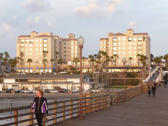 Wyndham Oceanside Pier Resort: View from Pier