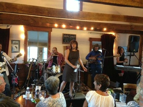 The Back Room at The Mill: Saturday night Concert
