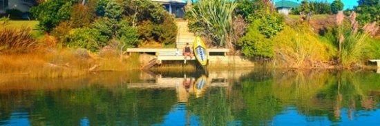 Raglan Paddleboarding : just sup chillin