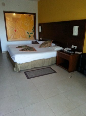 Now Larimar Punta Cana : Just a bed