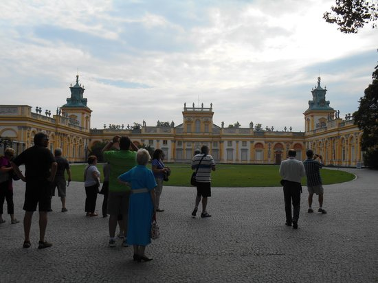 Museo del Rey Jan III en Wilanow: A view of the palace