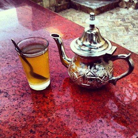 Cafe Clock : il tè del cafè clock