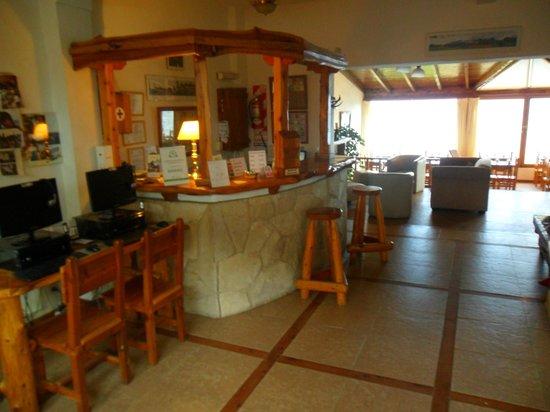 Costas del Nahuel Hosteria: recepción
