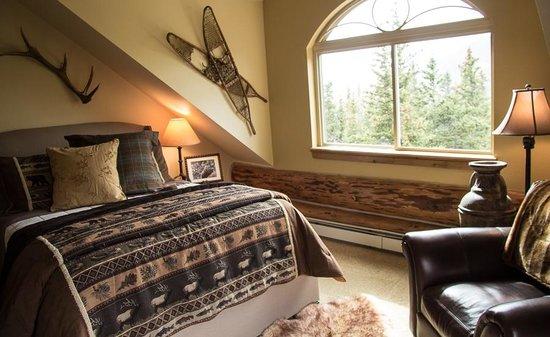 The Silver Lake Lodge: The Timberland Retreat