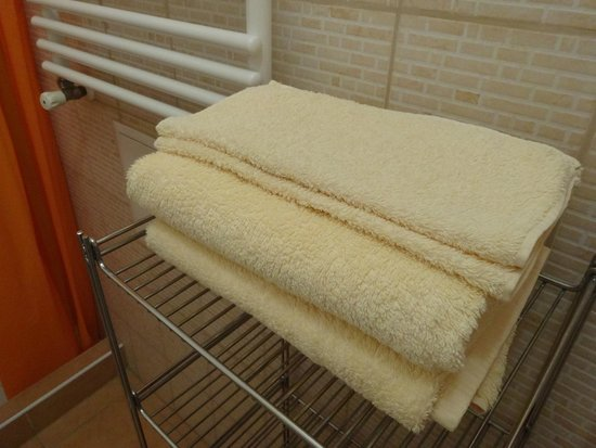 Paprika Apartments In City Center: Towels are ensured
