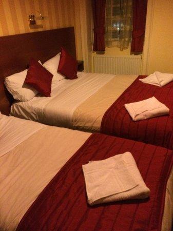 Avonmore Hotel: Room 11 - second floor