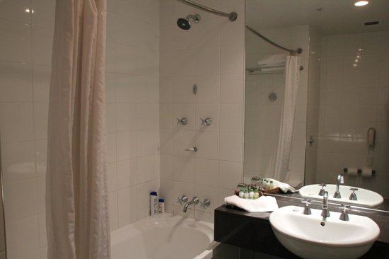 Rydges: Baño Habitación nº 327