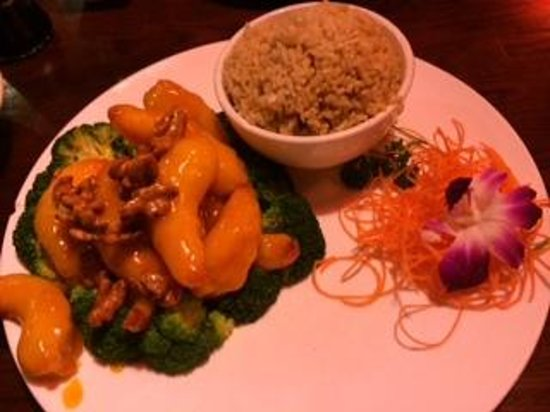 Red Bowl Asian Bistro: Walnut Shrimp