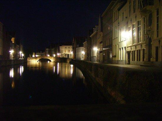 Boottochten Brugge : notturno