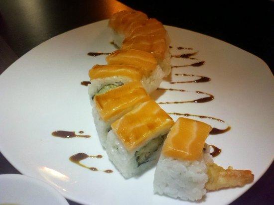 Zyu Fushion Restaurant: Tiger roll