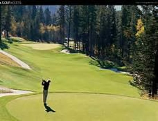 Meadow Lake View Bed and Breakfast: Golf at the Meadow Lake Resort Golf Course