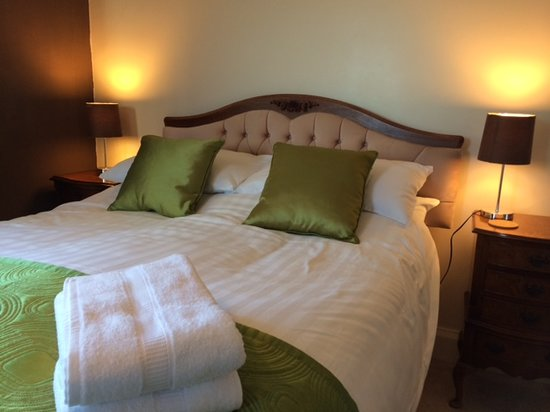 Penwinnick House Bed & Breakfast: Double bedroom