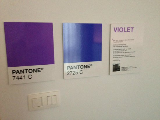 Pantone Hotel : Our OK room