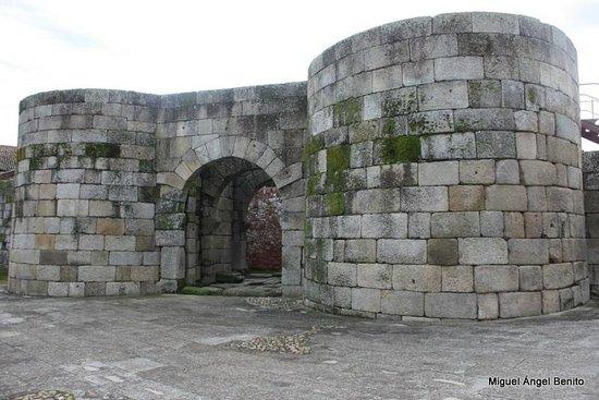 Idanha-a-Velha: Murallas romanas