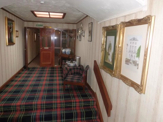 Loch Ness Lodge: Pasillo