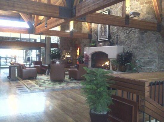 Cheyenne Mountain Resort: Main Lobby
