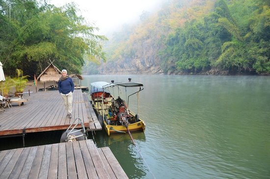 River Kwai Resotel : -
