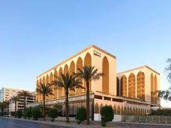 Olivio's : Radisson Blu hotel - Riyadh