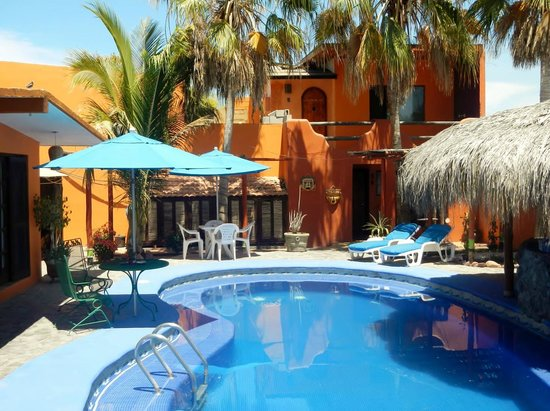 Leo's Baja Oasis