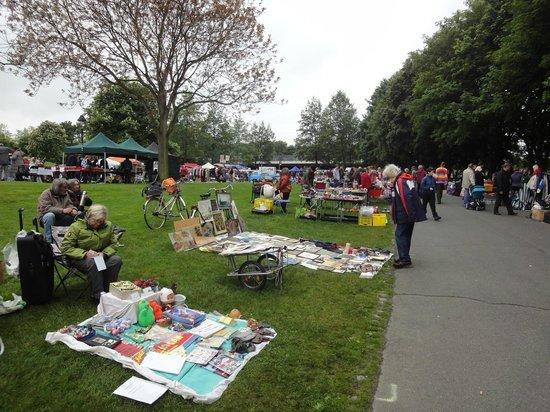 Freizeitpark Rheinaue : Feria de fin de semana