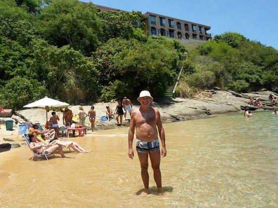 Colonna Park Hotel: Vista del hotel desde la playa Fernandinho