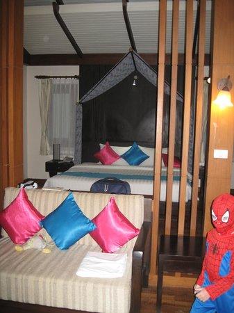 Aonang Phu Petra Resort, Krabi: la chambre