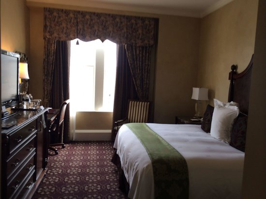 The Roosevelt New Orleans, A Waldorf Astoria Hotel: King room