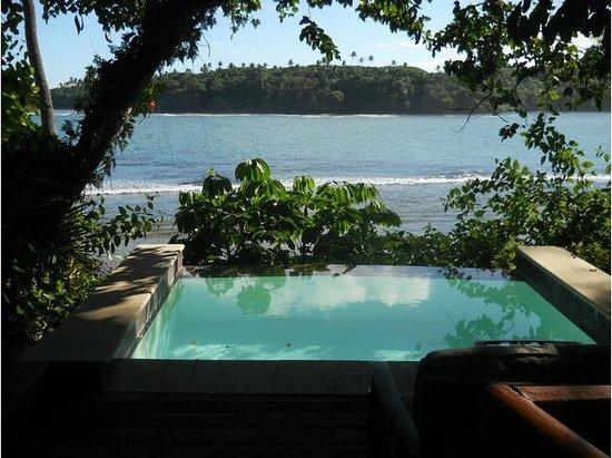 Namale Resort & Spa: Susana Burre Deck with mini plunge pool