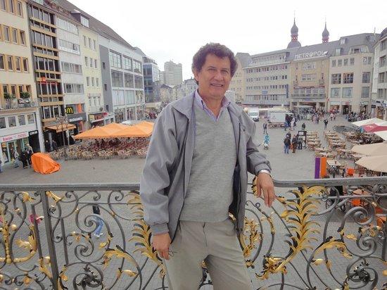 Panorámica de la plaza del mercado, tomada desde el Altes Rathaus.