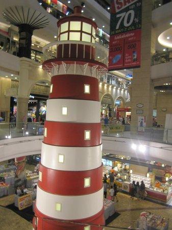 Grande Centre Point Terminal 21: Terminal 21 shopping center