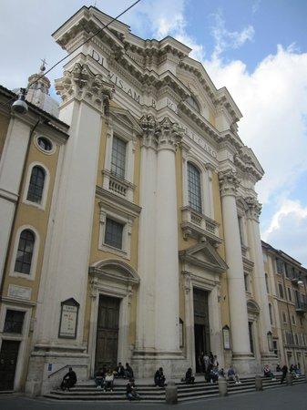 Basilica dei SS. Ambrogio e Carlo al Corso : Exterior