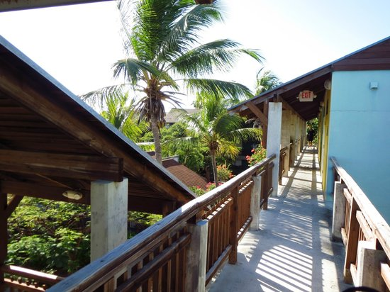 Club Med Turkoise, Turks & Caicos : Colorful, but needs updating
