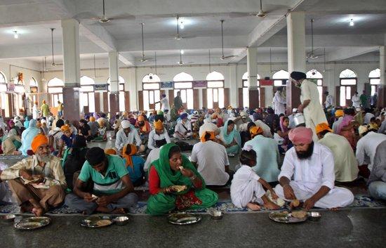 Guru-Ka-Langar: Comedor