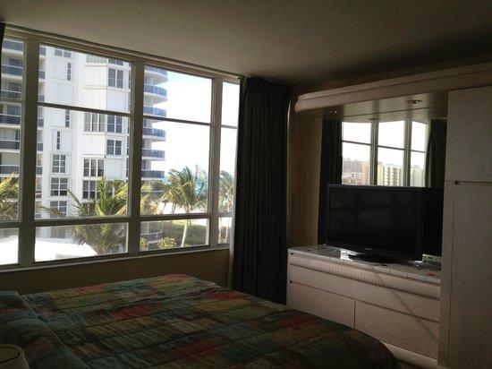 Newport Beachside Hotel and Resort : Quarto
