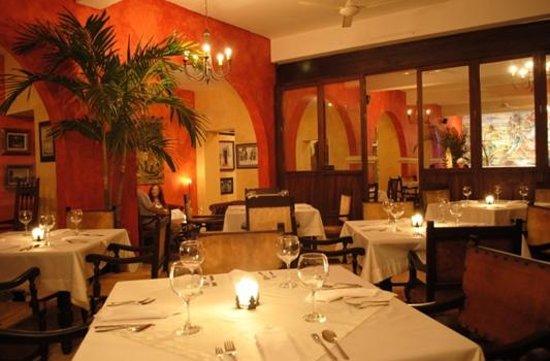 Hotel Mariscal Robledo: vip comedor