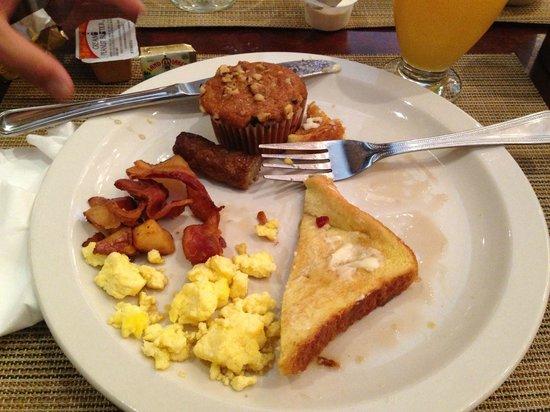 Newport Beachside Hotel and Resort : Café da manhã