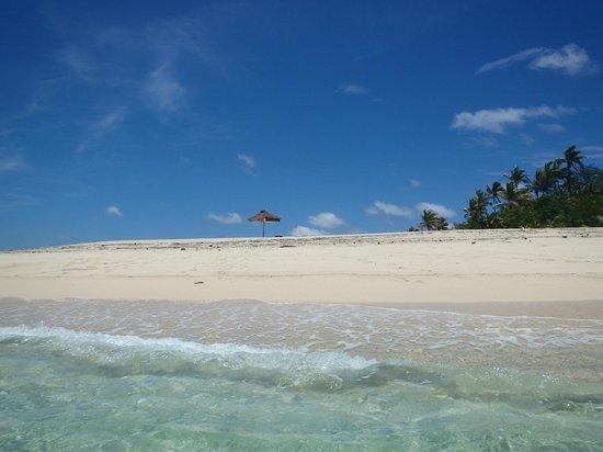 Yasawa Island Resort and Spa: A view of the beach on Yawini Island
