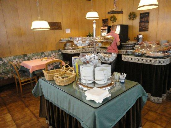 Hotel Piave: Café da Manhã