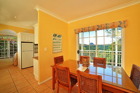 Cooroy Country Cottages: Australian cottage 1st floor interiors-lounge\kitchen\dining