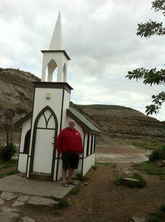 Drumheller's Little Church: Tiny Church