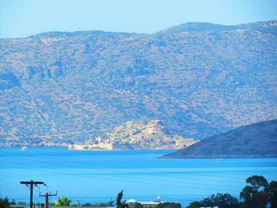 Spinalonga (Kalidon): Остров Спиналонга (Шип в переводу), вид с нашего отеля Элунда Илион