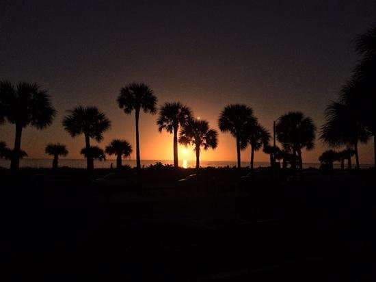 Lido Beach: awesome sunsets!!