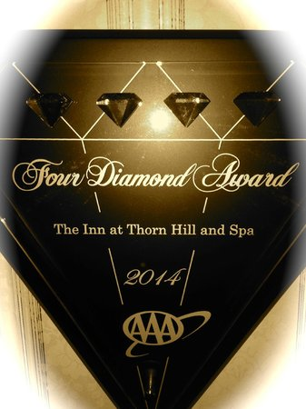 Dining Room at The Inn at Thorn Hill and Spa : The Inn at Thorn HIll and Spa received Awarded 2014 Four Diamond AAA Award