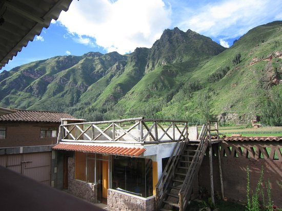 Pisac Inca Guest House: View from the balcony outside of our room.