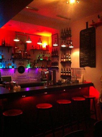 Le P'tit Barcelone : le bar