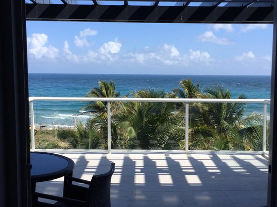 Boca Beach Club, A Waldorf Astoria Resort: View from my room