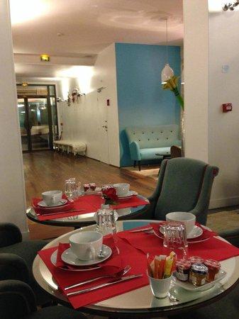 Hotel Joyce - Astotel: Hotel Lobby