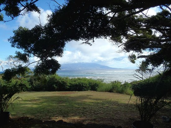 Puu o Hoku Ranch: View of Maui from the picnic table